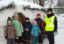 Дорожные полицейские напомнили костромским школьникам о безопасности зимних игр