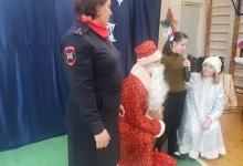 Курская Госавтоинспекция поздравила подопечных с Новогодними праздниками