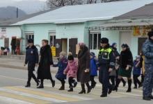 Директора сельских школ Кабардино-Балкарии в «Шагающем автобусе» инспектируют маршруты безопасности