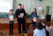 В преддверии весенних школьных каникул сотрудники Госавтоинспекции встречаются с учащимися начальных и старших классов