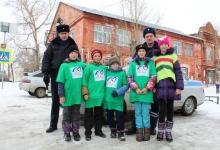 Сотрудники Госавтоинспекции Миасса и Верхнеуральского района проводят мероприятия в рамках всероссийской социальной кампании «Без вас не получится!»