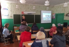 Дни дорожной безопасности для родителей проводят сотрудники ГИБДД Вожегодского района