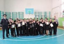 Госавтоинспекторы Кабанского района поблагодарили школьников за совместную работу по профилактике безопасности дорожного движения
