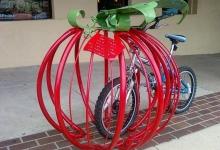 Креативные парковки велосипедов