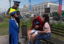 Юные инспекторы движения «Автостоп» провели опрос взрослых о ПДД