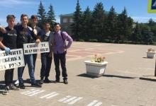 Белгородские тротуары оформили надписями, призывающими к дорожной безопасности