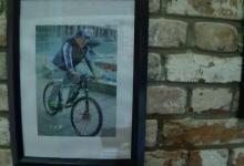 Наш президент на велосипеде
