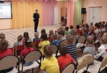 Массовые уроки дорожной безопасности прошли в елабужских детских садах