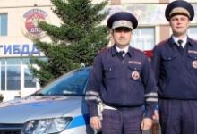 Жительница Красноярска поблагодарила инспекторов ДПС за помощь на дороге