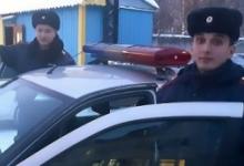 Автоинспекторы Республики Коми помогли доставить травмированного ребёнка в медицинское учреждение