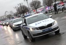 Михаил Черников и Андрей Воробьев вручили ключи от новых патрульных автомобилей сотрудникам Госавтоинспекции Московской области