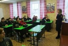 В преддверии дня российского студенчества сотрудники подразделений ГИБДД Хакасии проводят встречи со студентами