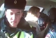 В Казани инспекторы ГИБДД за 5 минут довезли ребенка с травмой головы в ДРКБ