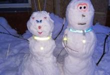 В Гремячинске малыши слепили «Снеговиков безопасности»