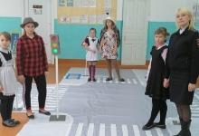 В Краснодарском крае школьников обучают правилам дорожной безопасности с помощью мобильных автогородков