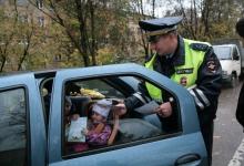 Ейские автоинспекторы проводят социальную кампанию «Автокресло-детям!»