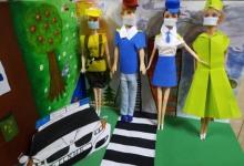 В Селенгинском районе школьники изготовили поделки, посвященные теме дорожной безопасности
