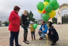 Свердловские автоинспекторы в День защиты детей напомнили детям и взрослым о соблюдении ПДД
