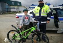 В Пуровском районе сотрудники ГИБДД напомнили детям о правилах безопасного поведения на дороге