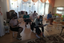 Госавтоинспекторы г. Зеленогорска научили «Родительский патруль» основам безопасности на дороге