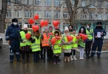Ставропольские мамы получили поздравления от автоинспекторов в День матери