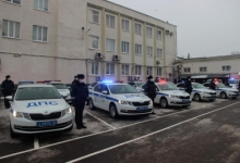 В Костроме состоялась торжественная передача новых автомобилей подразделениям Госавтоинспекции региона