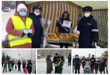 Костромские автоинспекторы поздравили жительниц региона с Всемирным днем матери