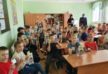 Сотрудники ГИБДД Татарстана провели профилактическую беседу в пришкольном лагере.