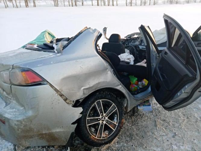 Детское автокресло спасло жизнь малышу при лобовом столкновении