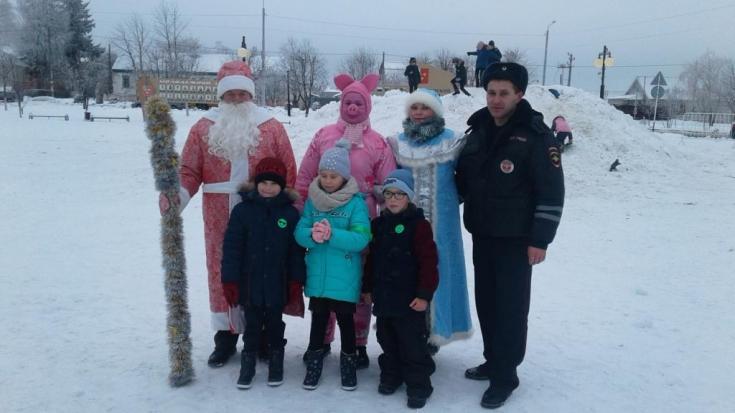 Белгородские волонтеры следят за безопасным проведением детьми зимнего досуга