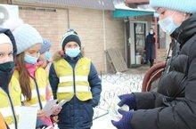В Татарстане юные инспекторы движения с помощью инсталляций напоминают об использовании световозвращающих элементов